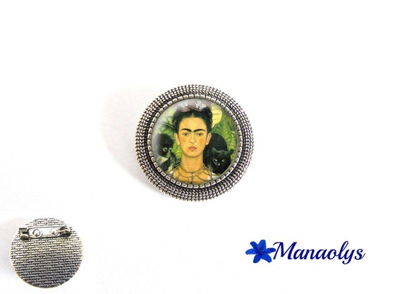 Antique silver round brooch, frida Kahlo, painting, 37 glass cabochons