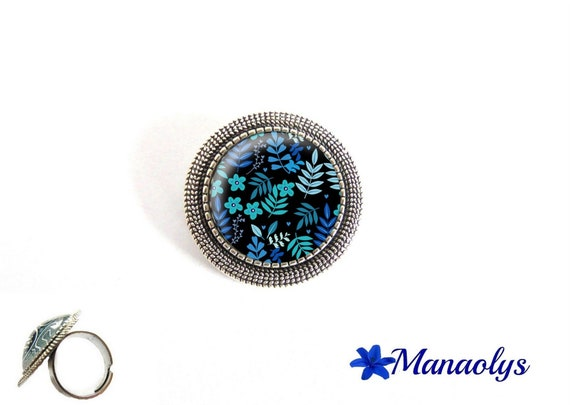 ring adjustable antique silver round, blue flowers, cabochons glass 199
