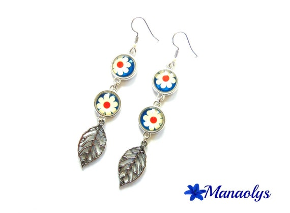 Earrings long flower glass cabochons and silver leaves