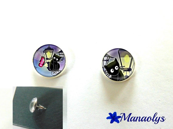 Round silver Stud Earrings, cats, 3117 glass cabochons