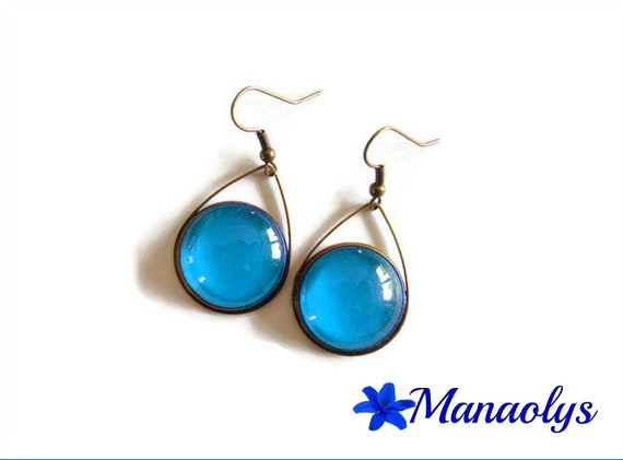 Earrings drops and blue glass cabochons