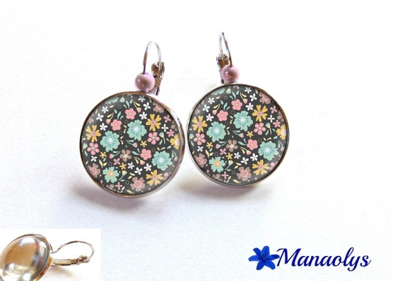 Earrings sleepers pink, blue and yellow flowers, glass cabochons, beads magic 3092