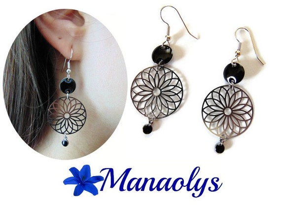 Silver and black earrings, earrings light, flowers, filigree
