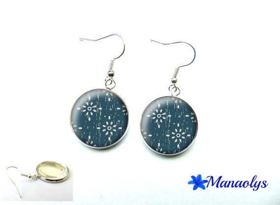 Floral design, vintage finishing, Navy Blue earrings, glass, ethnic jewelry, gift 3439 cabochons