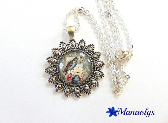 Vintage necklace, bird, 195 glass cabochon silver plated chain