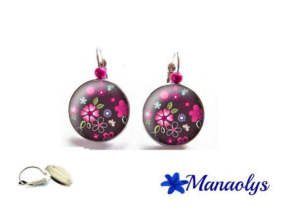 Stud Earrings fuchsia, flowers earrings floral, glass cabochons, 3492 magic pearls