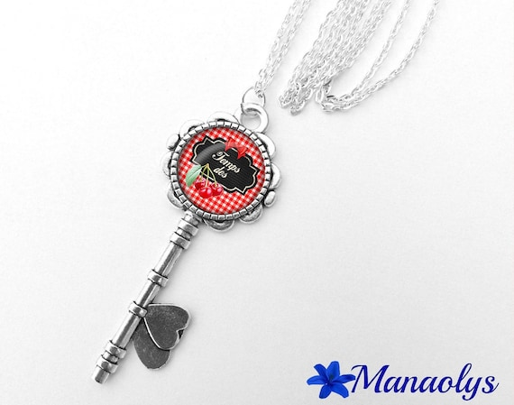 """Necklace silver key, cabochon glass message """"Time of cherries"""" 353"""
