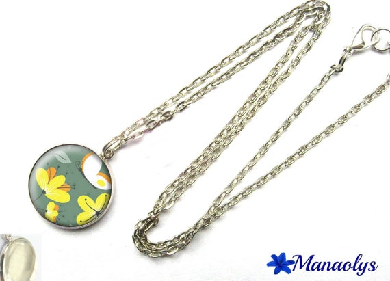 Yellow flowers and butterflies, 290 glass cabochon silver plated chain necklace