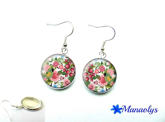 Birds and flowers, pink and green glass 1277 cabochons earrings