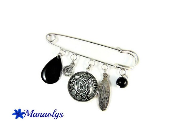 Silver kilt pin brooch, black and white Paisley glass cabochon, enameled, drop Black Pearl
