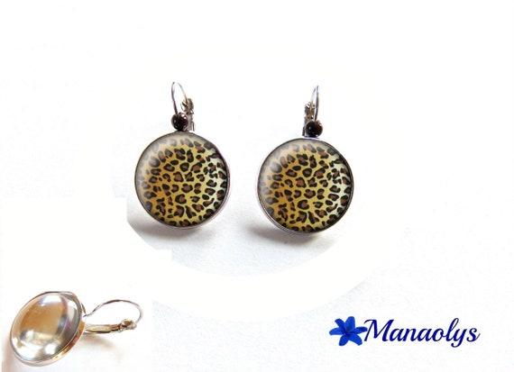 Stud Earrings Leopard print, glass, Pearl 3582 cabochons