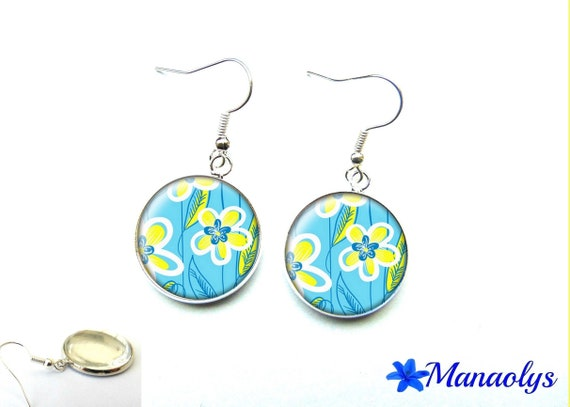 Earrings yellow flowers on turquoise background, 2850 glass cabochons