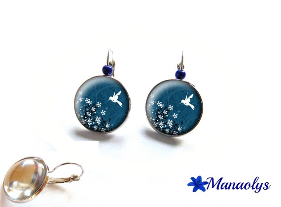 Stud Earrings, bird and white flowers on Navy blue background, 3531 glass cabochons