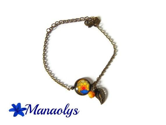 Bohemian bracelet, yellow flower pattern, bracelet charms, glass beads, glass cabochons