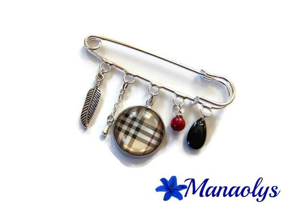 Burberry, silver pin brooch glass cabochon, burberry Plaid brooch