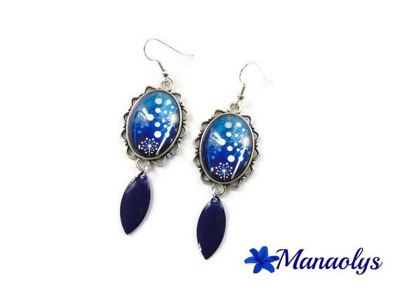 Earrings oval motifs and blue flowers, dandelion, Navy blue enamel charms, cabochons glass 3207