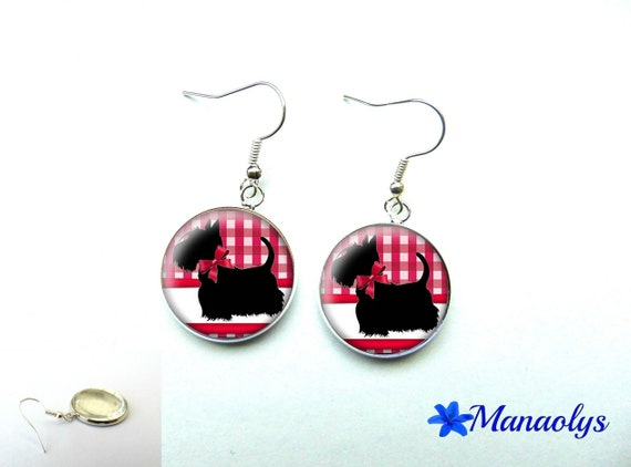Scottish earrings, silver Scottish red and white Plaid 871 dog glass cabochons