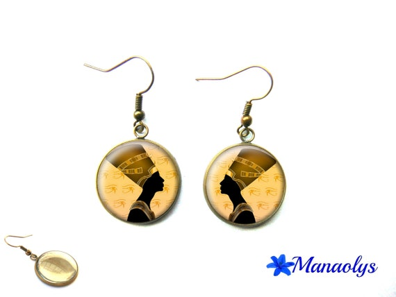 Nefertiti, Egypt, vintage bronze cabochons earrings glass 3296