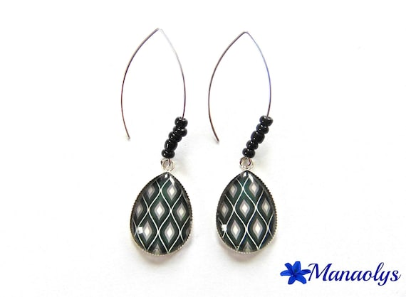 Grey, black and white patterns, silver, stud earring earrings drop shape, glass cabochons