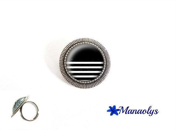 ring lined cane patterns, adjustable round black and white silver, lines, 220 glass cabochons