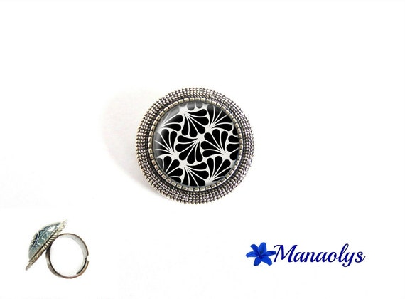 ring adjustable antique silver round art nouveau, art deco patterns, 216 glass cabochons