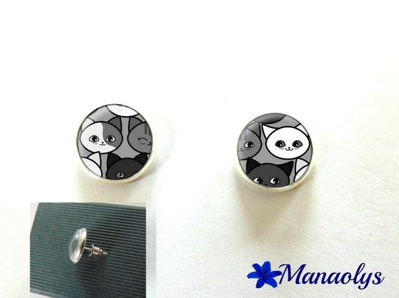 Cat earrings, round silver studs, 10 mm, 3004 glass cabochons