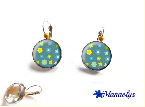 Earrings sleepers yellow and blue flowers on blue background, cabochons glass beads 3559