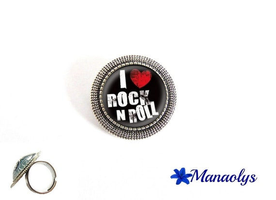 "Ring adjustable silver plated round antiqued, music, ""I love rock 'n' roll"" 174 glass cabochons"