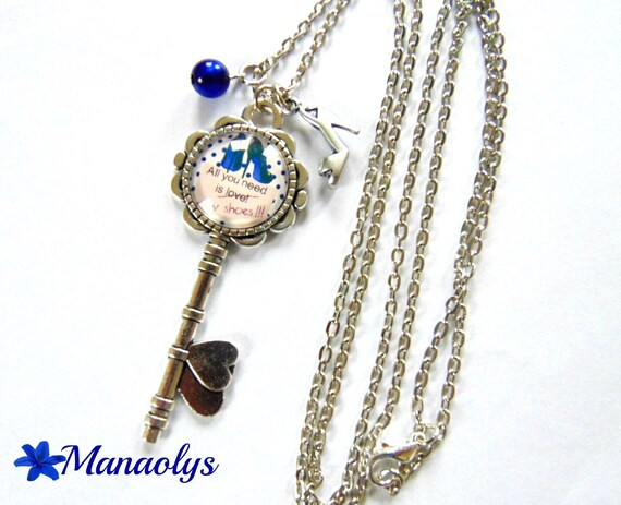 """Necklace silver key, """"All you need is new shoes"""" glass cabochon, collection """"the key to happiness"""" 149"""