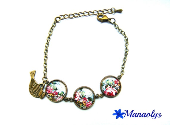 Bracelet 3 medallions, cabochons glass, bouquets of roses 16