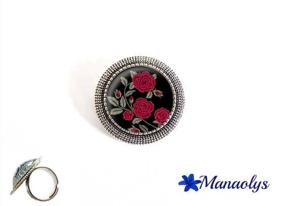 Ring adjustable round antique silver, red roses, flowers, glass cabochons