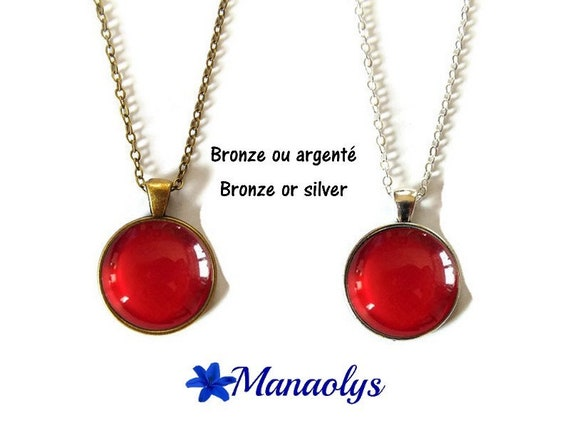 Red necklace, red pendant, glass, silver or bronze supports cabochons