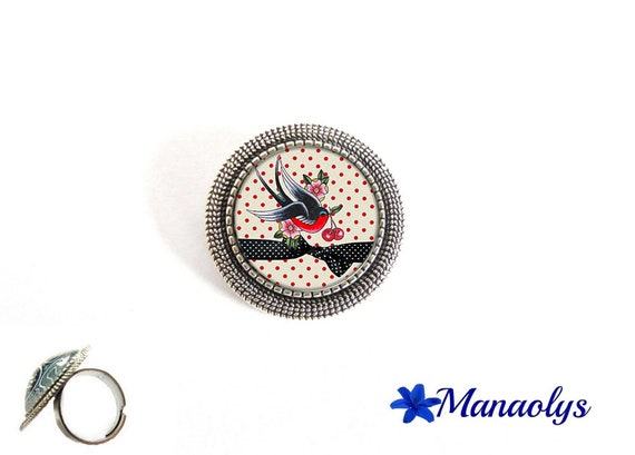 Ring adjustable antique silver round, bird and Red polka dots, 177 glass cabochons