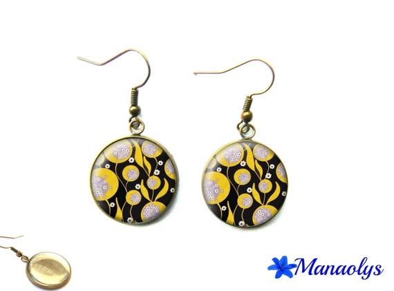 Pierced ears pattern yellow and black, bronze vintage 2126 glass cabochons