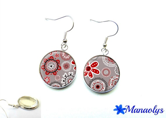 Cabochons glass floral design, Burgundy, gray, white, black, Silver earrings mothers day 2939