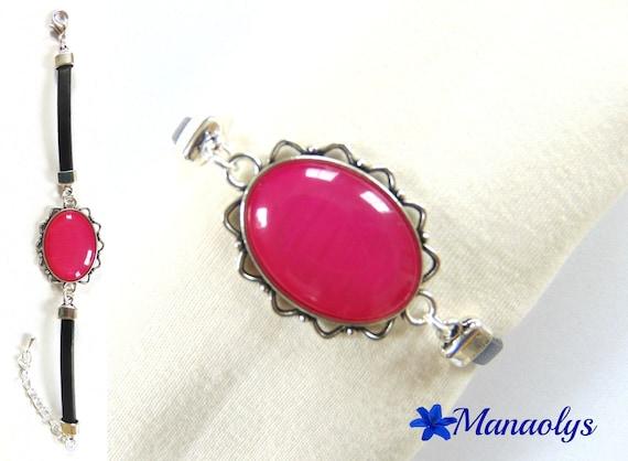 Genuine leather, resin Pearl fuchsia 392 oval cabochon bracelet