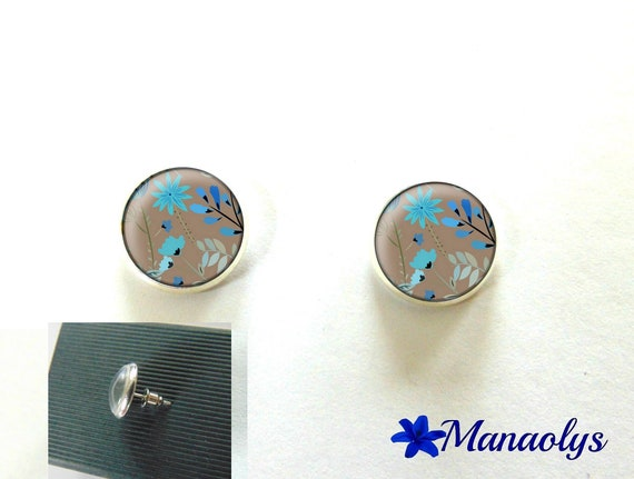 Round silver Stud Earrings, blue flowers on taupe 2996 glass cabochons