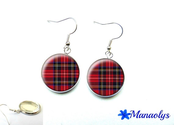 Earrings red and black Plaid tartan fabric Scottish Tartan check, 1624 glass cabochons