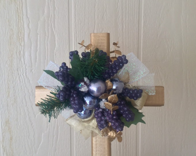 Christmas grave decoration, Christmas cemetery, poinsettias grave, silk grave flowers, holiday cemetery cross