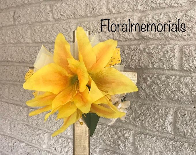 Cemetery Cross with flower arrangement, memorial cross, flowers for cemetery, grave decoration