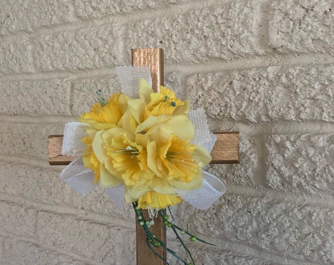 Cemetery cross memorial, grave decoration, memorial cross, Floral Memorial, grave marker, in memory of