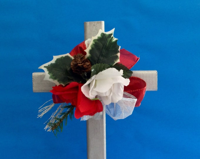 Christmas Cemetery flowers, holiday grave decoration, memorial cross, Christmas Floral Memorial, grave marker, in memory of, memorial flower