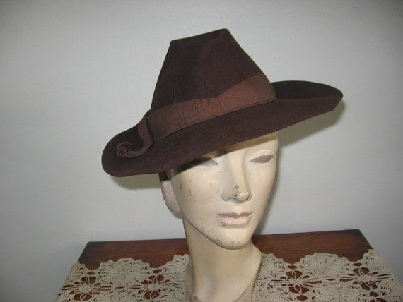 RESERVED on LAYAWAY / BALANCE / 1930's-40's Fedora