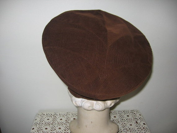 1930's-40's Button Beret / Tilt / Chocolate Brown
