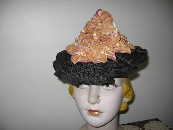 1930's Straw Hat / Peaked / Flowers / Ruffle