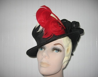 1940's Black Straw Tippy Tilt Hat with Feathers and Grosgrain Poof Bow!