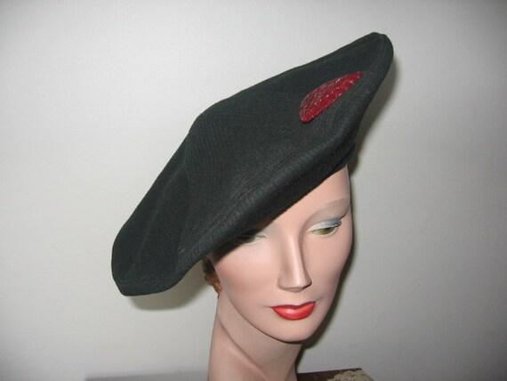1940's Tilt Beret / Black Wool / Geometric / Red B