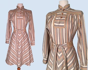 Vintage 1960's Chevron Mandarin Collar Dress / Retro