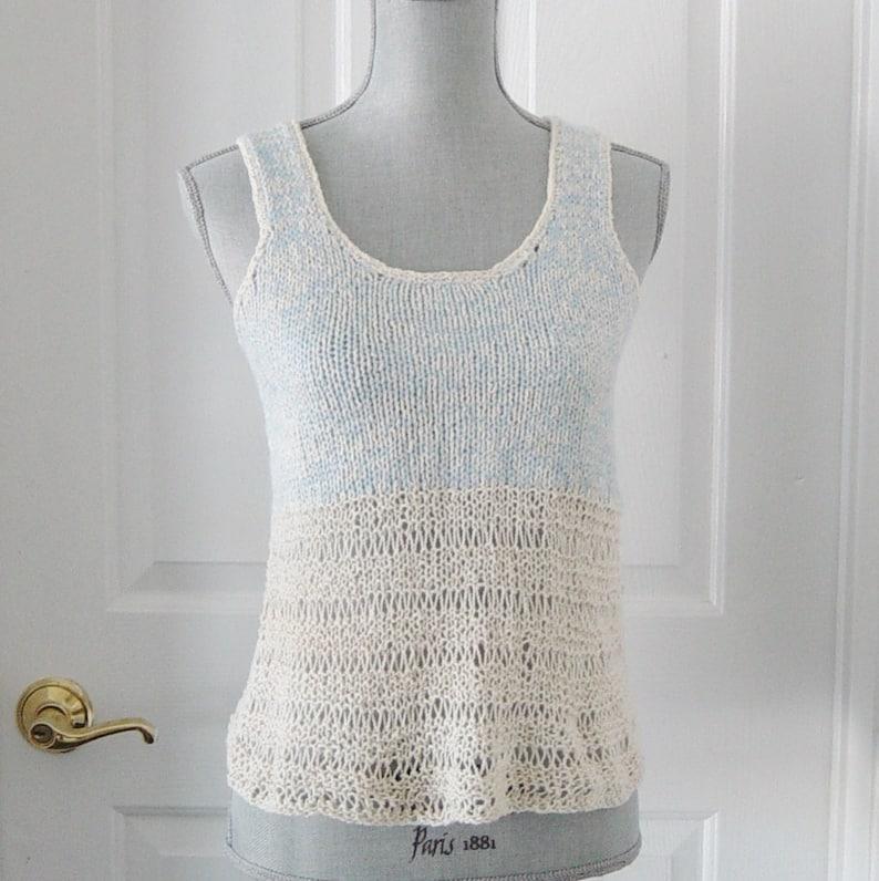 2a81d4cd128 Elfenbein und blau Baumwolle die stricken Tank-Top Hemdchen