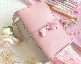 Ice Pink X Grey Scallop Lace Spine Pelledori Collection, with Scallop Inner Pockets/Planner/Hobonichi/ Travelersnotebook